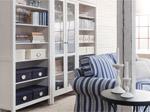 白色客厅储物与展示搭配方案